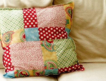 patchwork pillow: a tutorial
